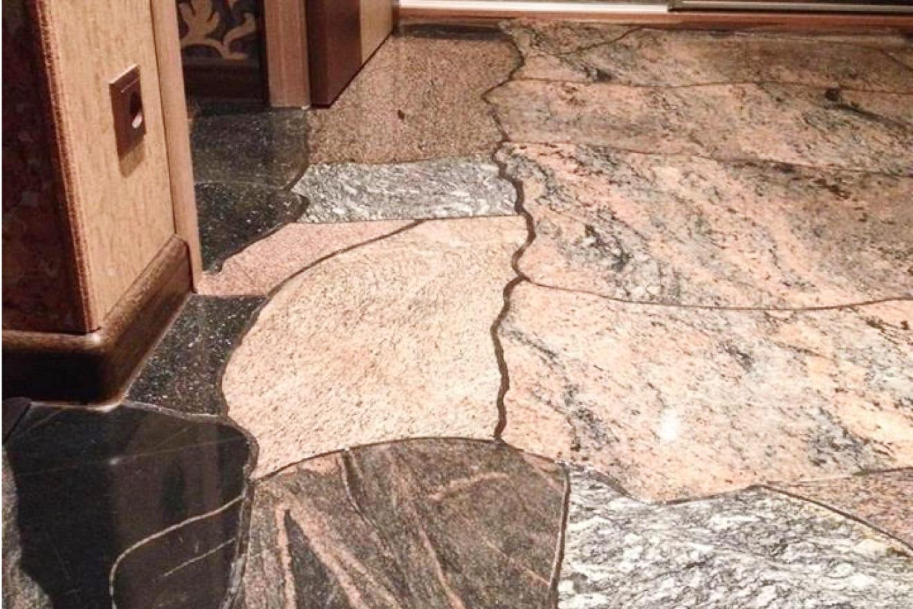 Полированный (шлифованный) камень (плоскость)