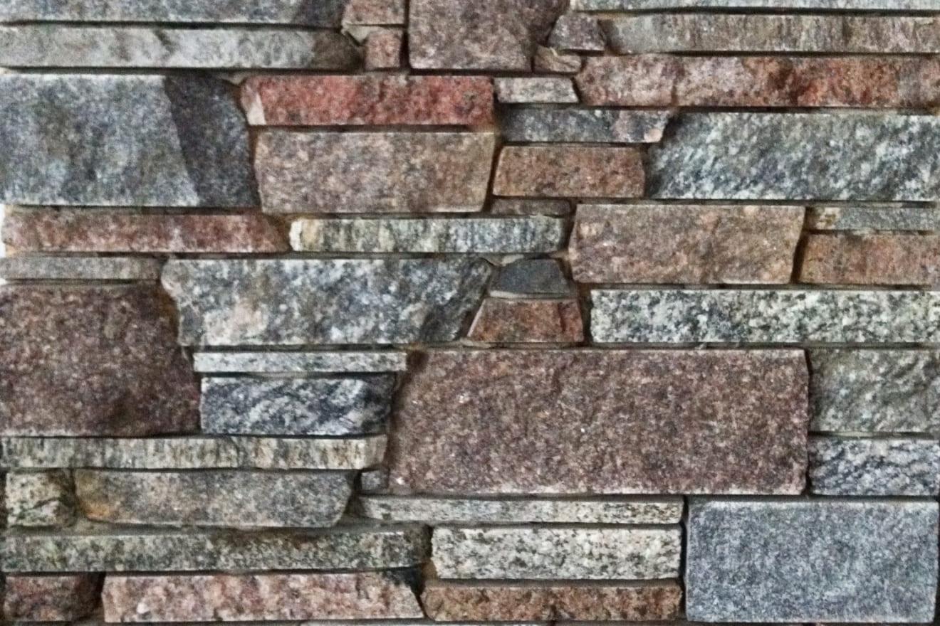 Колотый камень (соломка) разноформатная