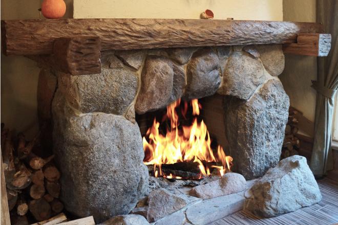 Монолитный угол (каменная кора)